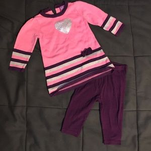 Other - Two pieces set top with legging
